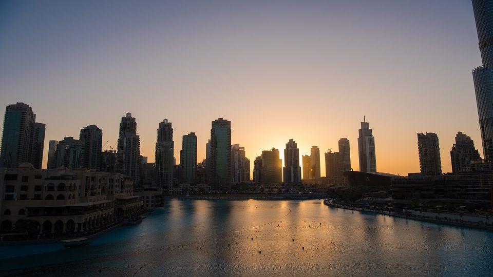 """""""دبي الذكية"""" توفر 116 خدمة بـ10 قطاعات أساسية عبر تطبيق """"دبي الآن"""""""