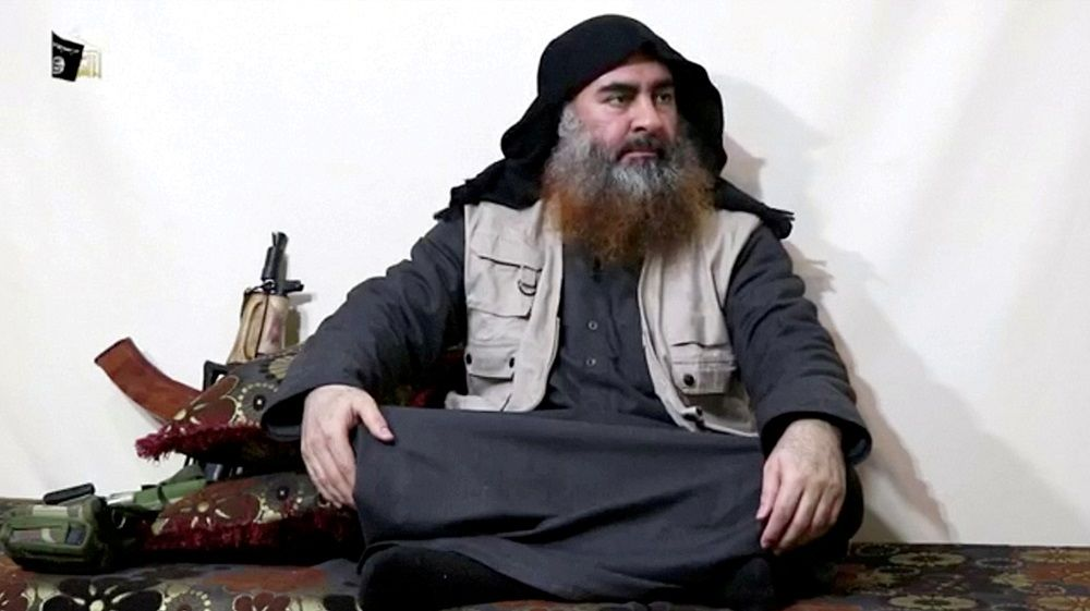 FILE PHOTO: A bearded man with Islamic State leader Abu Bakr al-Baghdadi's appearance speaks in this screen grab taken from video released on April 29, 2019. Islamic State Group/Al Furqan Media Network/Reuters TV via REUTERS. THIS IMAGE HAS BEEN SUPPLIED BY A THIRD PARTY. THE AUTHENTICITY AND DATE OF THE RECORDING COULD NOT BE INDEPENDENTLY VERIFIED BY REUTERS/File Photo