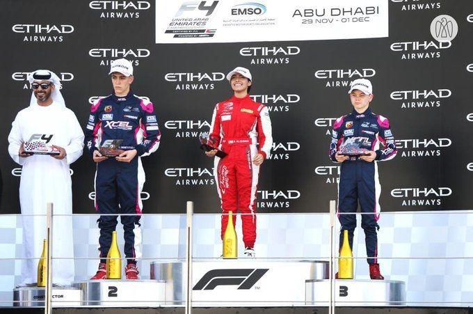 أبطال السباق الأول