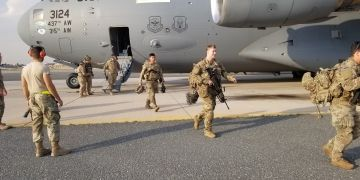 U.S. Army paratroopers from the 82nd Airborne Division arrive at Ali Al Salem Air Base, Kuwait, January 2, 2020. Picture taken January 2, 2020. U.S
