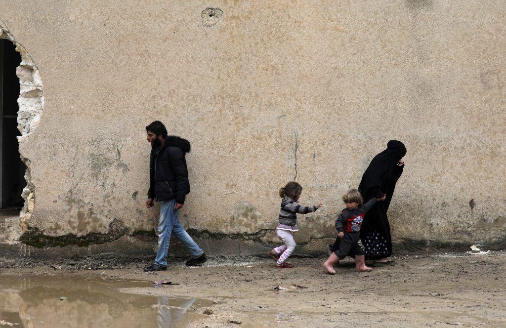المرصد: هدوء حذر في مناطق خفض التصعيد في سوريا