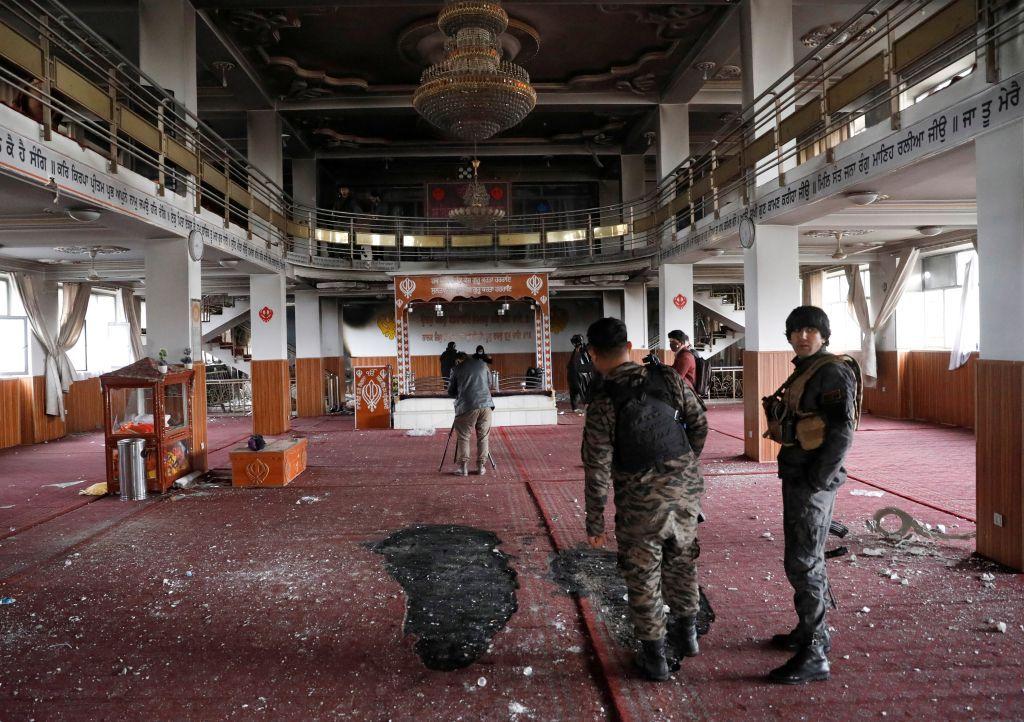 هجوم داعش على السيخ يحرج طالبان في كابول ويزاحم القاعدة في كشمير