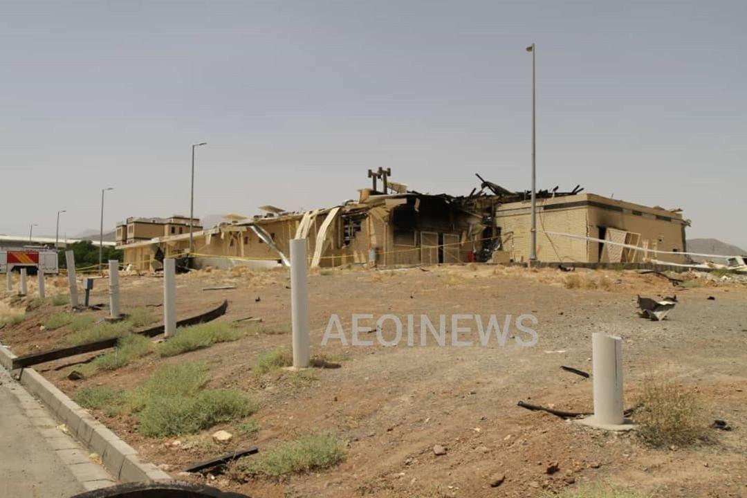 """صور توضح الدمار في محطة تخصيب اليورانيوم الإيرانية """"نطنز"""""""