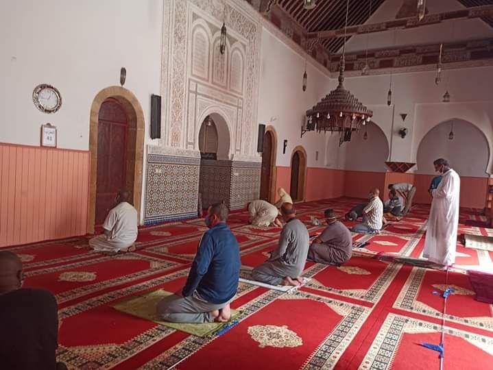 بعد 4 أشهر من الإغلاق.. إعادة فتح المساجد في المغرب