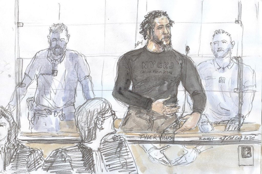 """(FILES) A file court sketch made on June 25, 2020 at the Paris courthouse shows French jihadist also called the Islamic State """"emir"""" Tyler Vilus speaking during the opening of his trial at the special assizes of the Paris' courthouse, on the crimes committed in Syria between 2013 and 2015. - The jihadist Tyler Vilus, emir of the Islamic State group and figure of the French terrorist galaxy, was sentenced on July 3, 2020 to 30 years in prison, together with a two-third security period, for crimes committed in Syria from 2013 to 2015 . (Photo by Benoit PEYRUCQ / AFP)"""