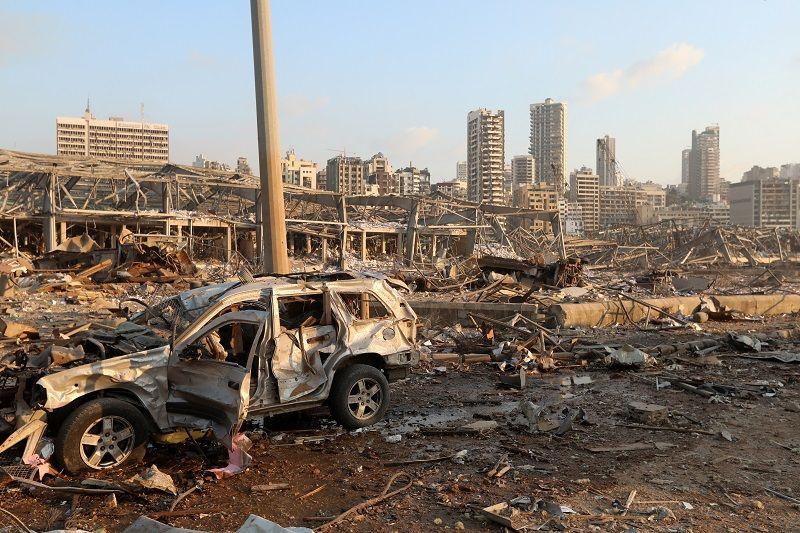 مركبة متضررة في موقع انفجار في بيروت ، لبنان ، 4 أغسطس ، 2020. رويترز