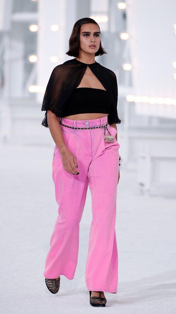 صورة لعارضة الأزياء جيل كورتليف/رويترز