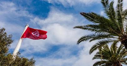 في عشرين دقيقة | تونس مهددة مجدداً بحجرٍ شامل، من إصابتين إلى آلاف الإصابات يومياً