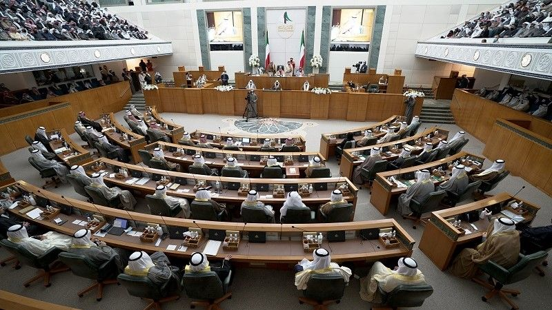 أمير الكويت: يجب وضع برنامج إصلاحي شامل