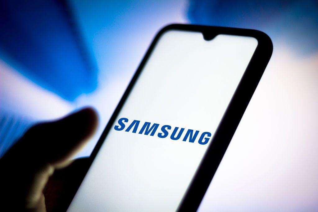 """جديد """"سامسونغ"""".. هاتف جديد مع بطارية بسعة 5000 ميلي أمبير"""