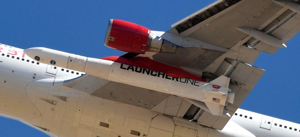 بالصور.. صاروخ فيرجن أوربت يصل الفضاء للمرة الأولى بعد إطلاقه من جناح طائرة