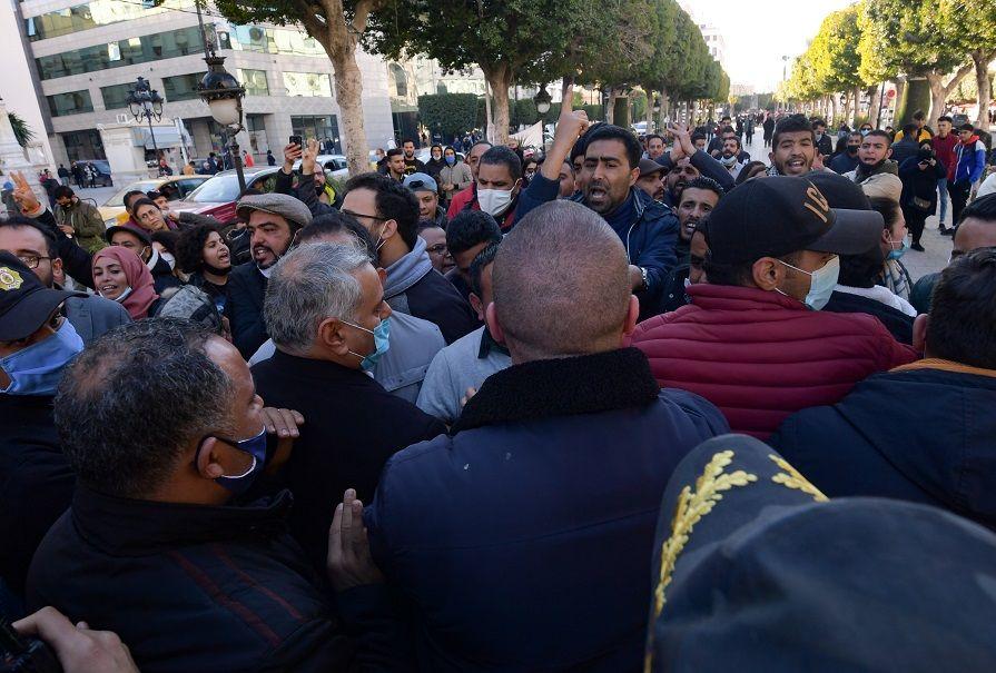تونس تشهد احتجاجات غاضبة