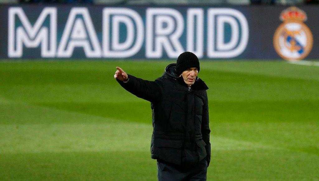 بعد السقوط المهين في كأس الملك.. إدارة ريال مدريد تدرس إقالة زيدان