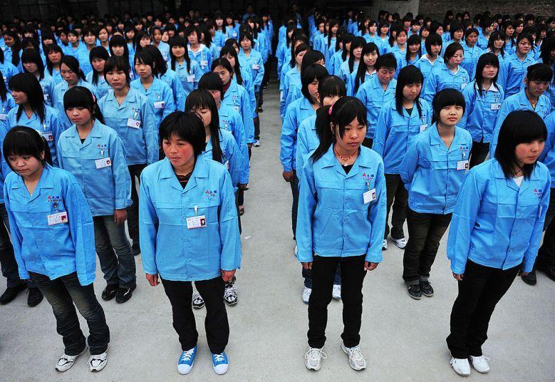 كيف تستخدم الصين عمالة السخرة في القضاء على هوية الإيغور المسلمين
