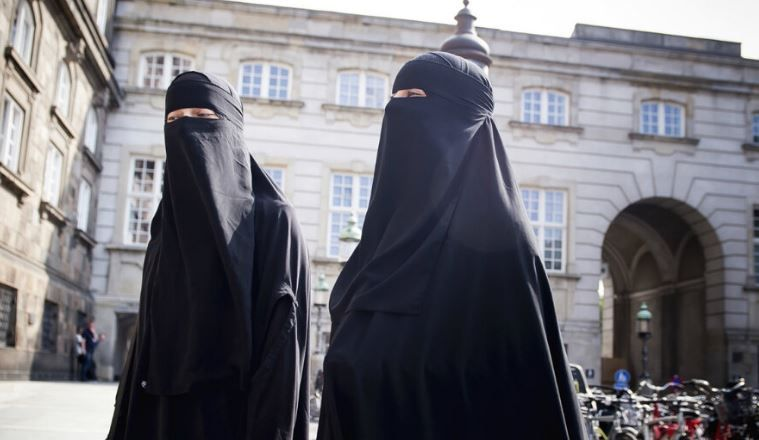 سويسرا تستعد للتصويت في استفتاء على حظر النقاب يوم الأحد المقبل