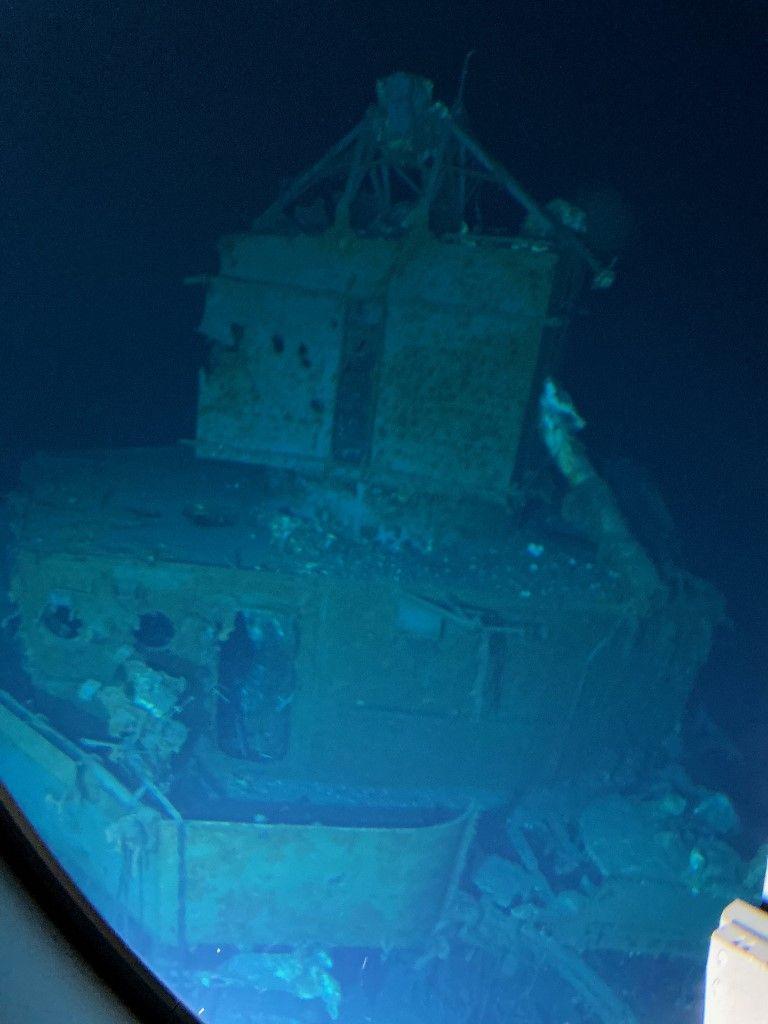 """اكتشاف حطام المدمرة الأمريكية """"557"""" الغارقة.. ما القصة؟"""