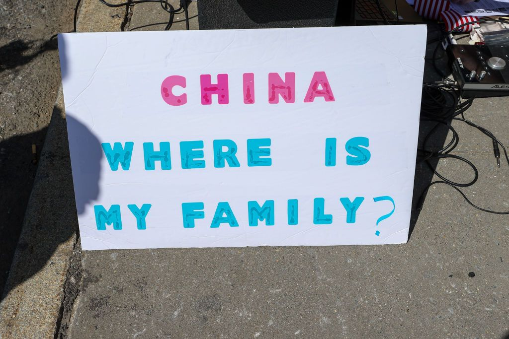 مسلمو الإيغور في الصين.. تقرير يكشف كيفية تعذيب نساء هذه الأقلية