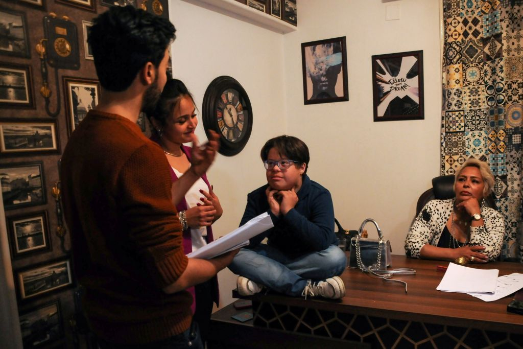 مسلسل القضية 404 يجسد مواهب وتحديات فئة ذوي الاحتياجات الخاصة في مصر