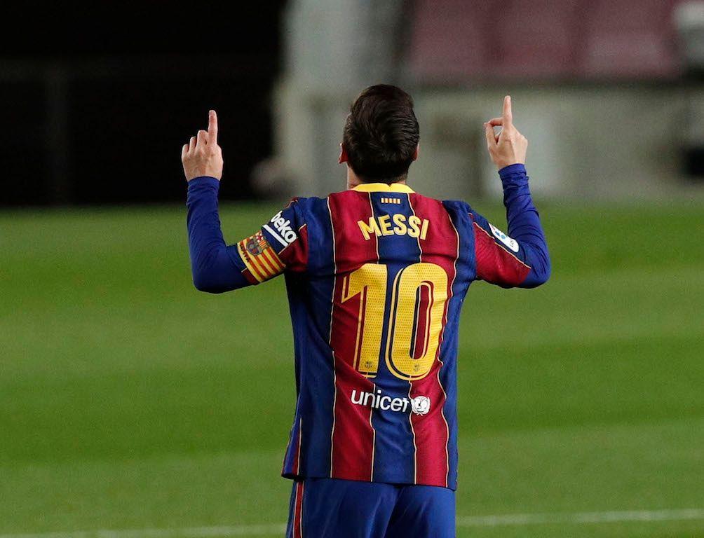 ميسي ينفرد بإنجاز تاريخي ويقود برشلونة لاكتساح خيتافي