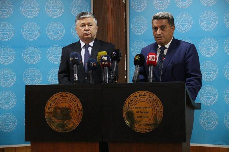 الإدارة الذاتية المدنية شمال سوريا تسلّم ٩٢ طفلاً وامرأة من داعش إلى أوزبكستان