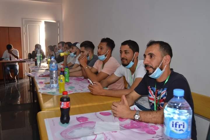 تأهيل لمنشطي المخيمات الصيفية ببني صاف بالجزائر حضره 31 شابًا