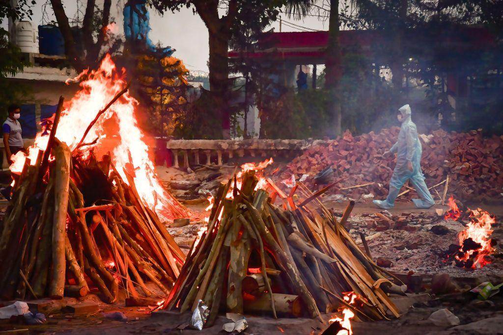 معلومات مضللة عن كورونا تنتشر في الهند.. إليك أبرز الحقائق