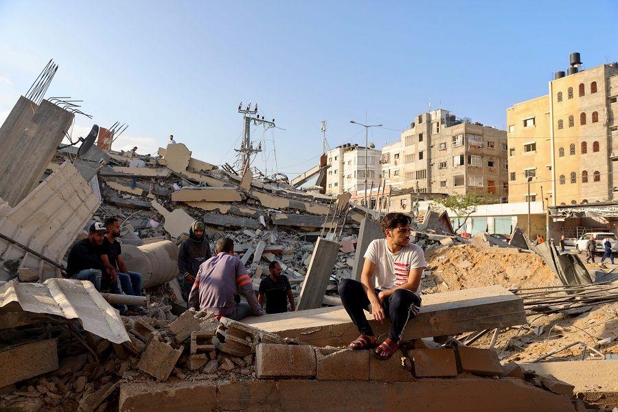 الدمار يسيطر على المشهد في غزة.. الركام في كل مكان