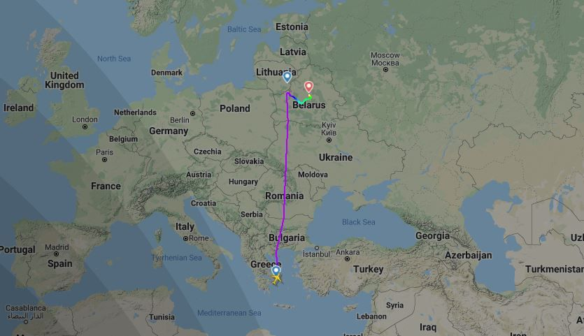 ما تأثير وقف دول أوروبية رحلاتها في المجال الجوي البيلاروسي بعد حادث طائرة رايان إير؟