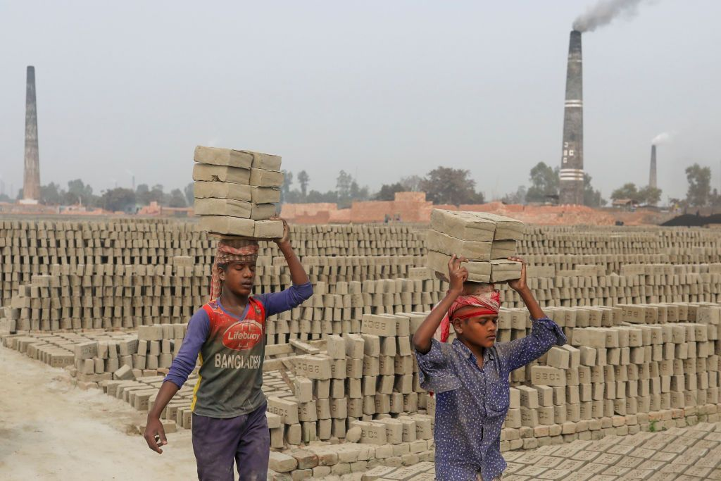الأطفال في زمن كورونا..عمال دون حماية