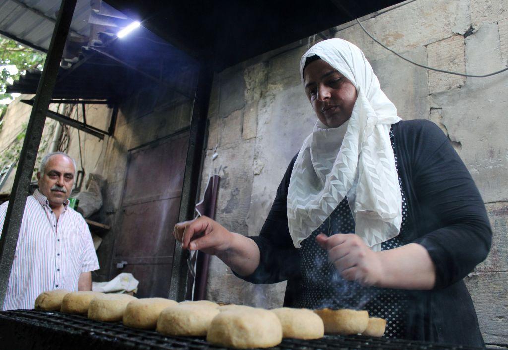 بيع الكبّة اللذيذة في دمشق..مصدر رزق لاجئة سورية
