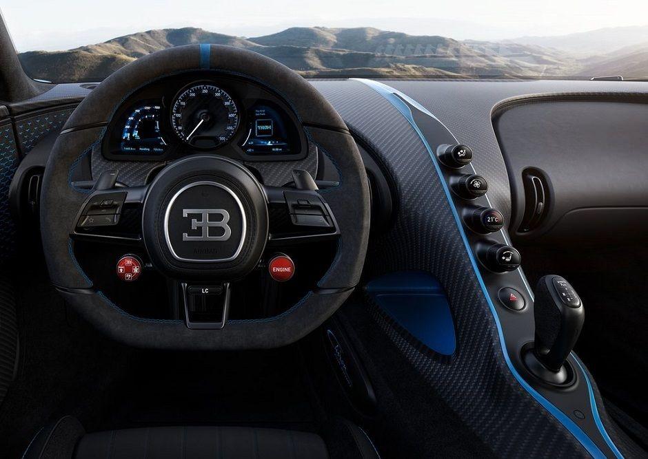 اخترنا لكم بوغاتي شيرون 2021 الجديدة... سيارة مذهلة بسعر خيالي