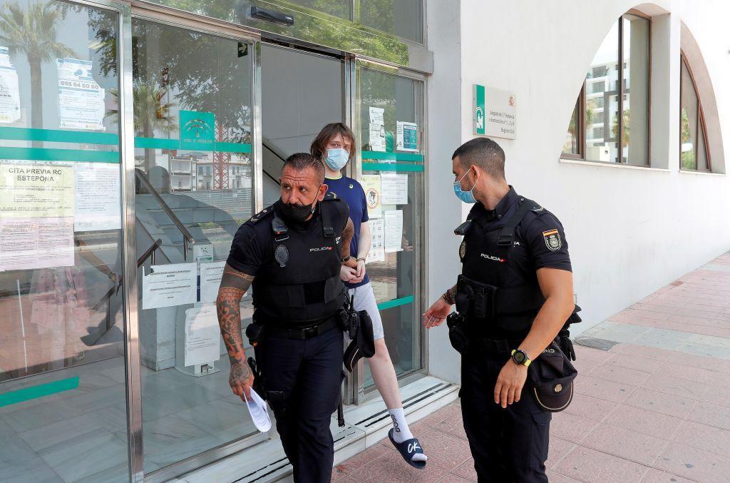 بسبب تورطه في اختراق تويتر عام 2020.. اعتقال مواطن بريطاني في إسبانيا