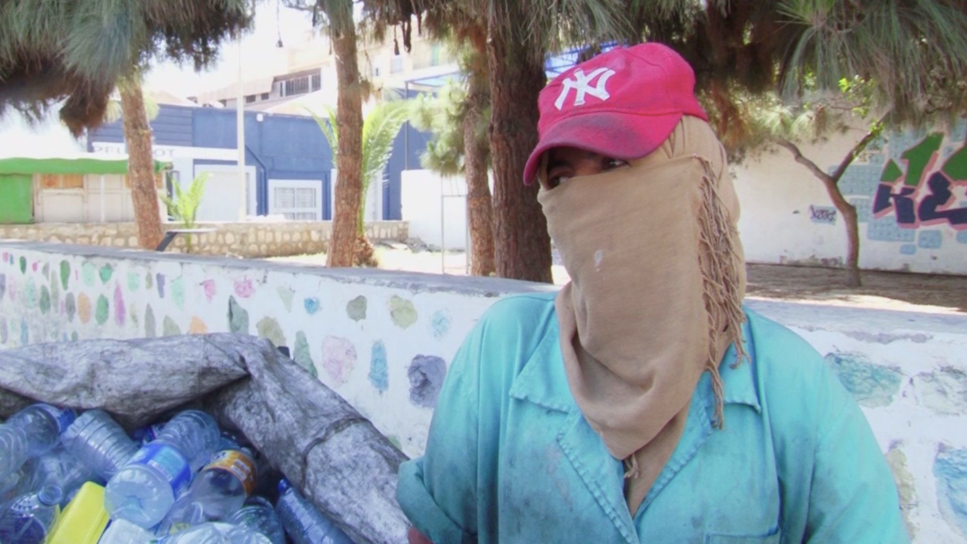 الشابة خيرة من تونس تروي قصتها لأخبار الآن
