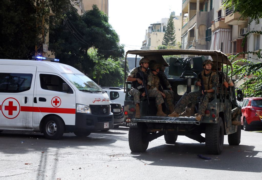 ميقاتي يدعو لتوقيف المتسببين بأعمال العنف في بيروت