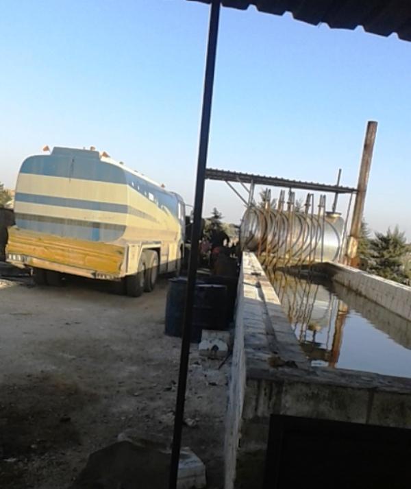 مصافي تكرير النفط البدائية في ريف إدلب بين الضرر والفائدة