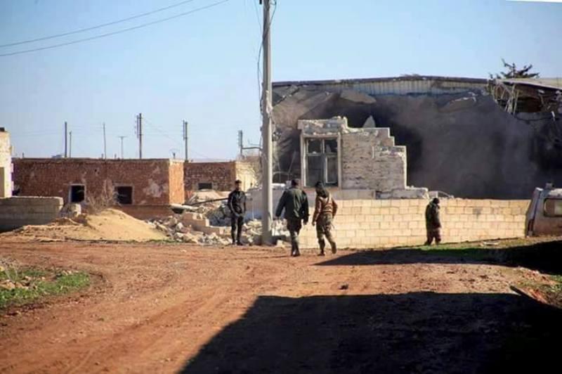 """عشرات الشهداء والجرحى شرق حلب .. والنظام يسيطر على قرى جديدة شمال """"كويرس"""""""